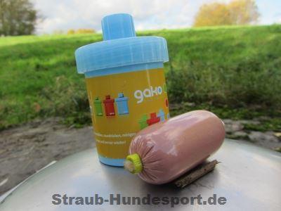 Futtertube von Gako kann beispielsweise mit Leberwurst befüllt werden.